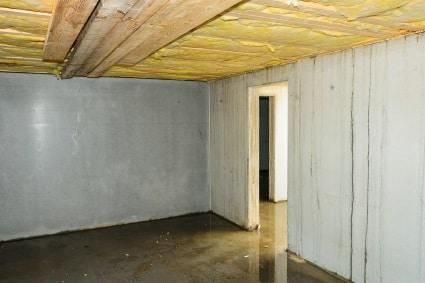 Bautrockner zum Keller entfeuchten